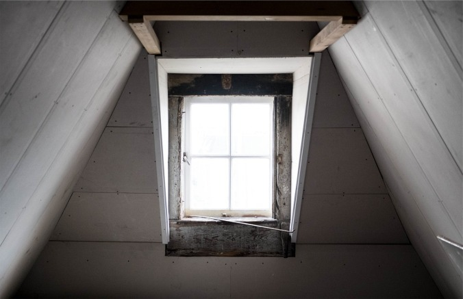 window-691893_1280